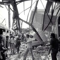 Il Binario 1 come appariva  dopo lo scoppio della bomba