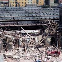 L'ala sinistra della stazione devastata dallo scoppio della bomba (Associazione tra i familiari delle vittime della strage della stazione di Bologna)