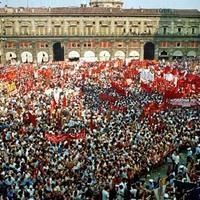 Funerali di Stato a Bologna per le vittime della strage il 6 agosto 1980 (Enrico Scuro)