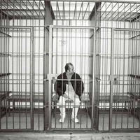 I tre fratelli Savi dietro le sbarre in tribunale a Rimini