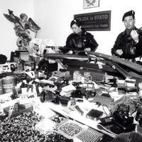 L'arsenale dei fratelli Savi sequestrato dalla polizia di Rimini