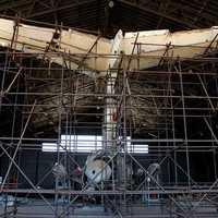 La coda del DC9 ricostruita  nell'hangar di pratica di Mare (Roma)